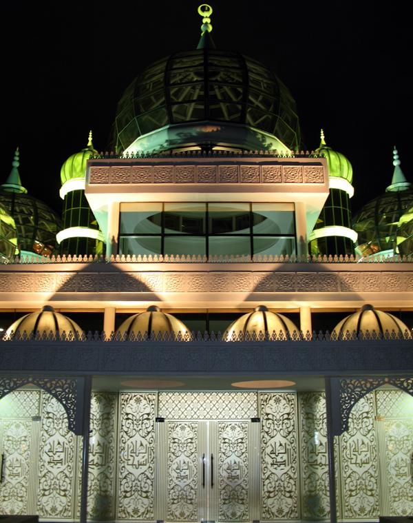 صور المسجد الكـرســتــالي  << رووووووووووووعه >>
