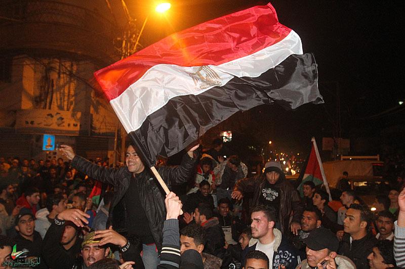 صـــور / فرحة الشارع بغزة برحيل مبارك