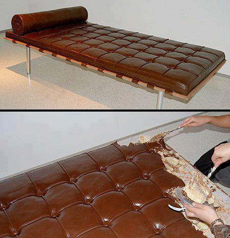 سرير مصنوع من كيكة الشوكولا