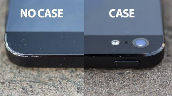 ماذا سوف يحدث حينما تشتري iPhone5 من دون غلاف حماية ؟