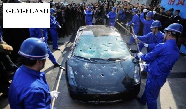 صيني كلفه الاحتجاج 530 الف دولار ! بالصور