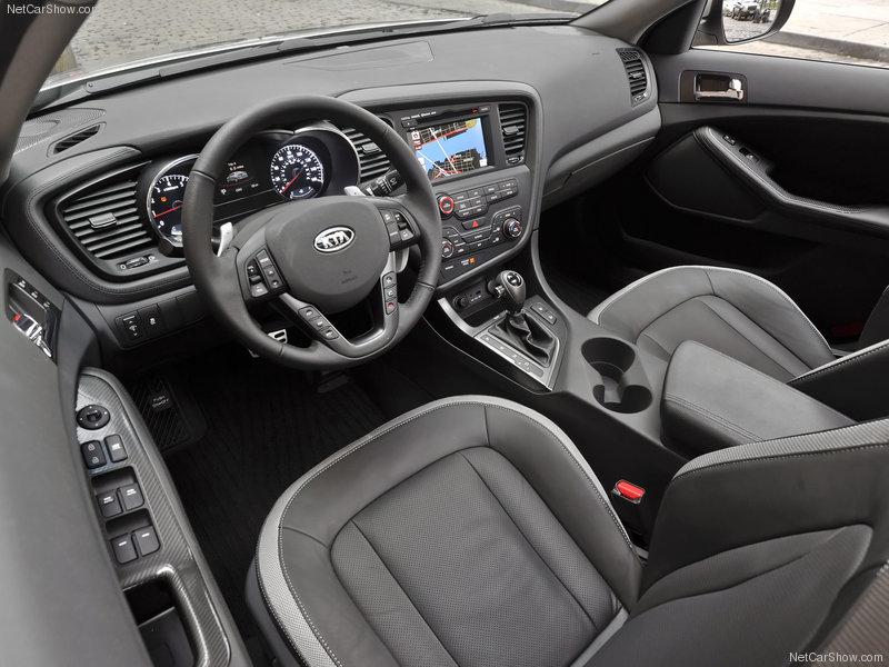 صور روعة 2011 سيارة  KIA   الجديده كليا :