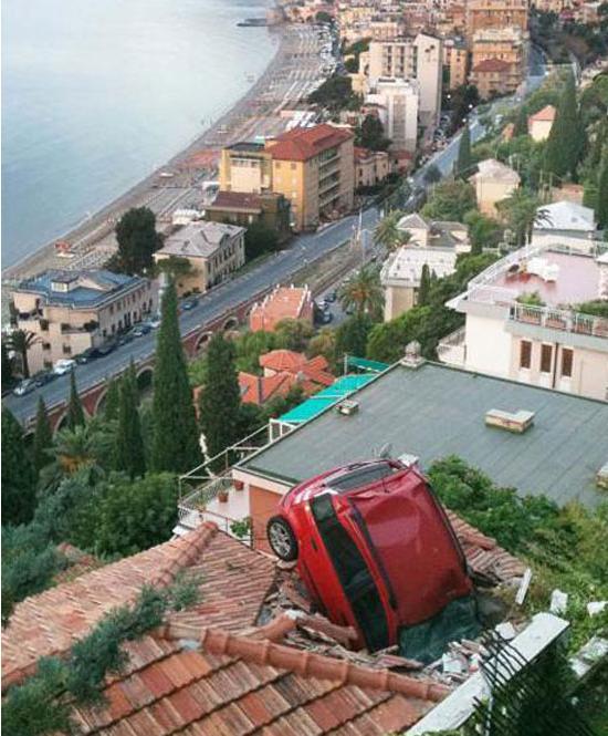 اغرب حوادث السيارات حول العالم